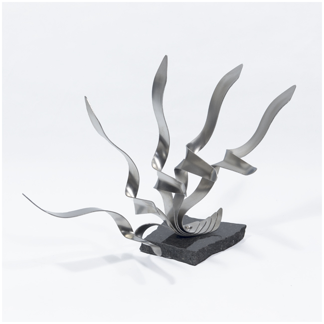 L'envol 3<br>(Stainless steel, granite base)